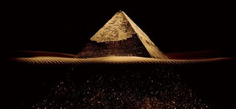 Jaquette de Soirée Pyramide dans Cult'N'Click ce soir avec le réalisateur du film et des invités de renom