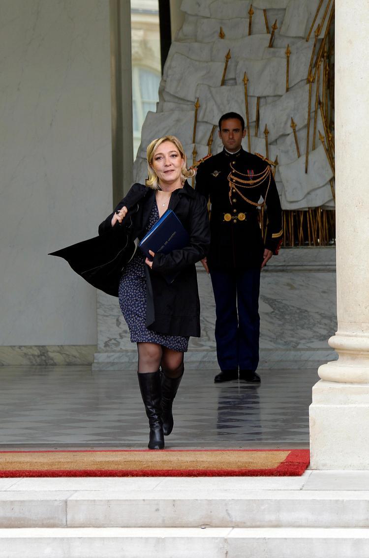 Marine Le Pen est trop sexy sur le forum Blabla 18-25 ans
