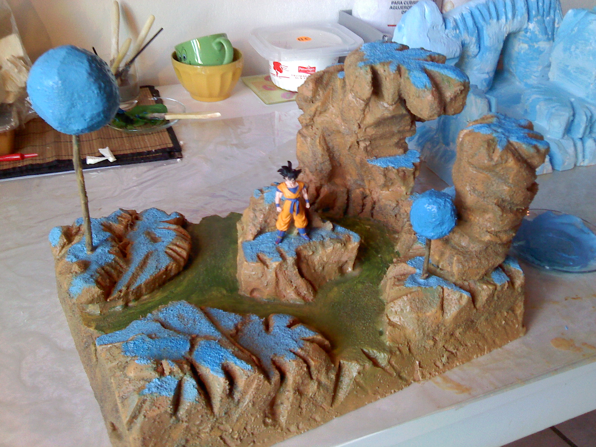 Vds d cors pour figurines dragon ball sur le forum for Decoration dragon ball