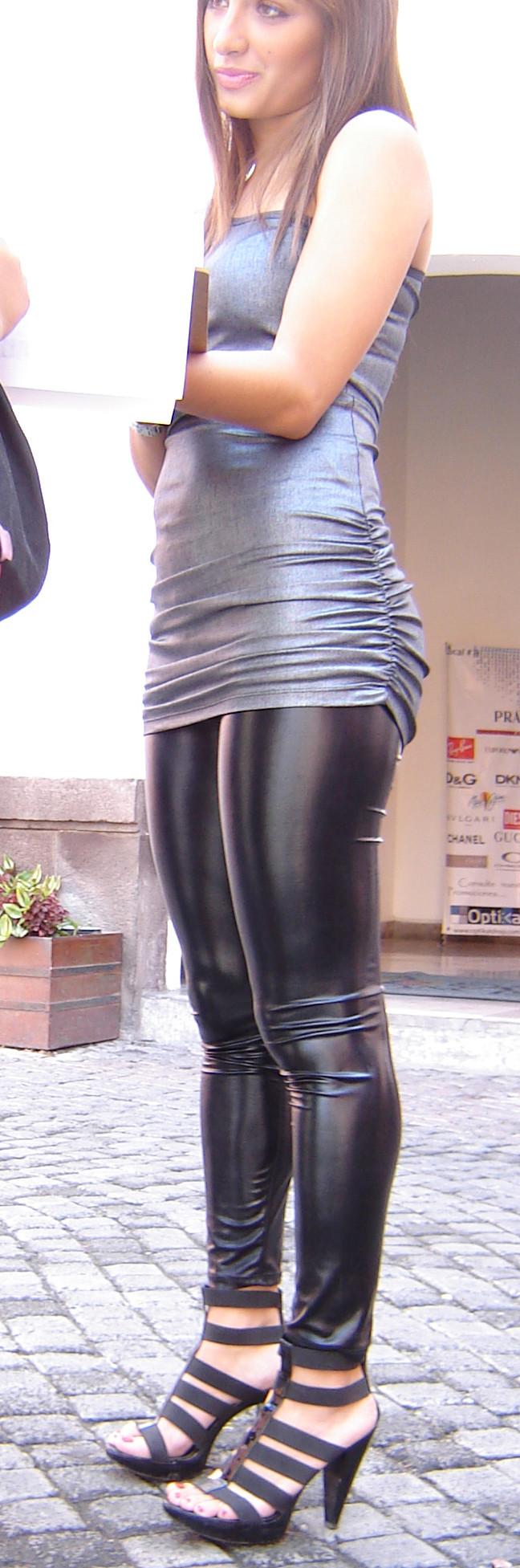 fille sexy en jean skin de pute minecraft