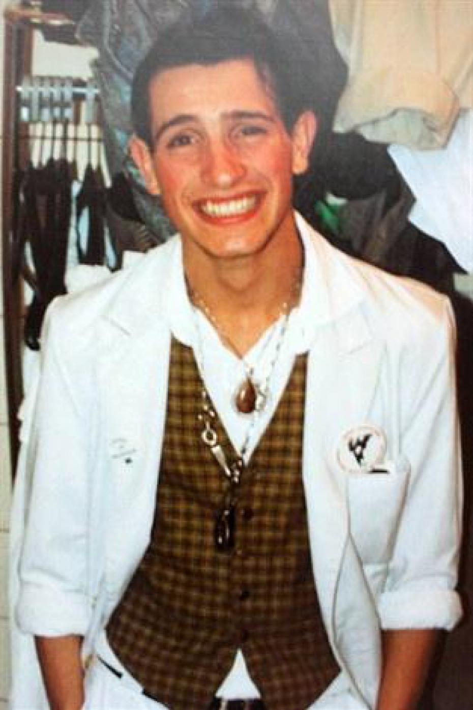 Jean dujardin quand il avait 20 ans sur le forum blabla 18 for Dujardin qui fait le chameau