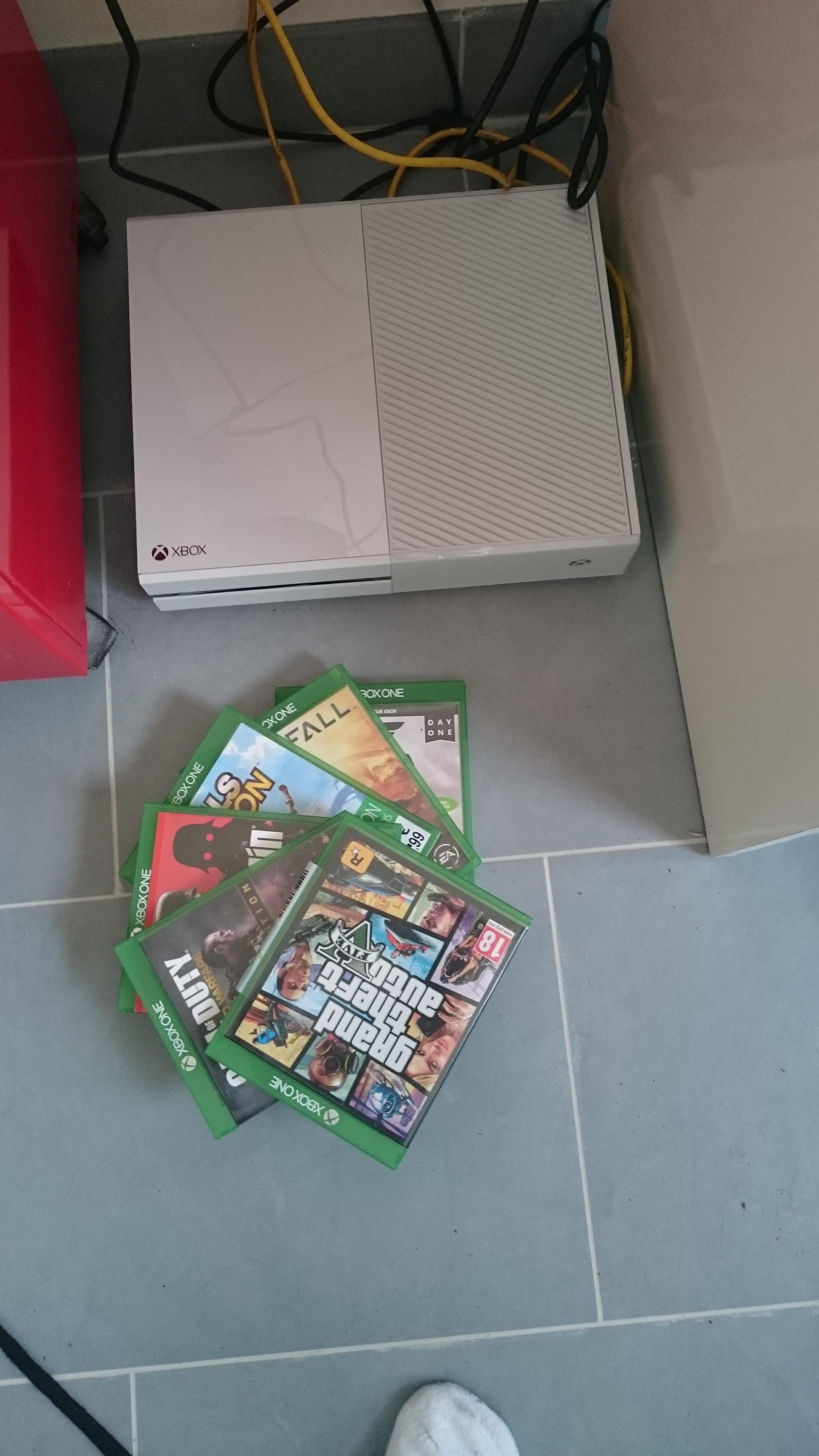 Ech xbox one blanche garantie 2 ans sur le forum petites annonces 26 12 2014 12 48 30 - Garantie console micromania ...