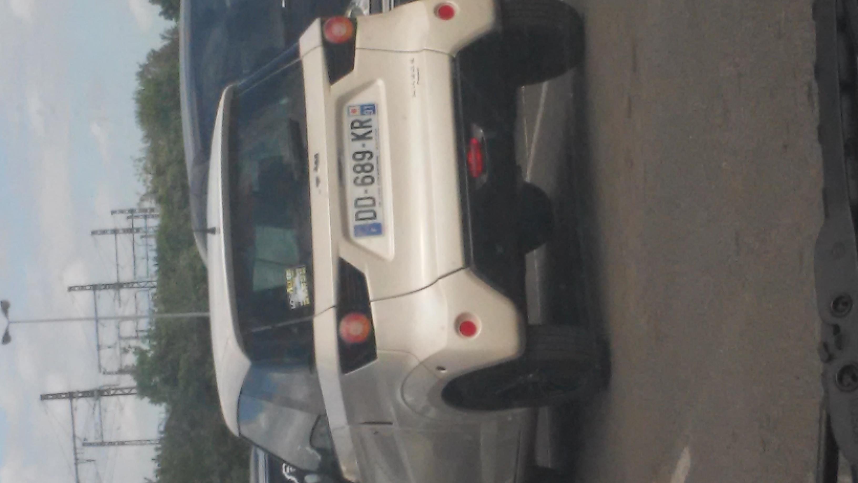 Ce Qu 39 On Peut Voir Sur Un Parking Sur Le Forum Automobiles 10 05 2015 19 50 34