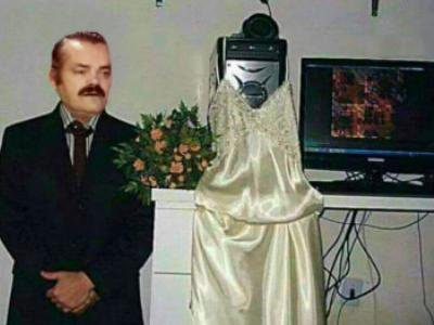 Sticker copine geek pc puceau celestin ordinateur mariage chut