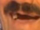 Sticker bouche risitas zoom rire