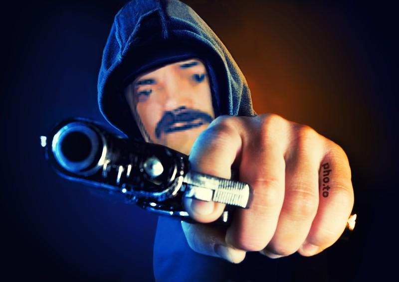 Sticker risitas gangsta flingue gun