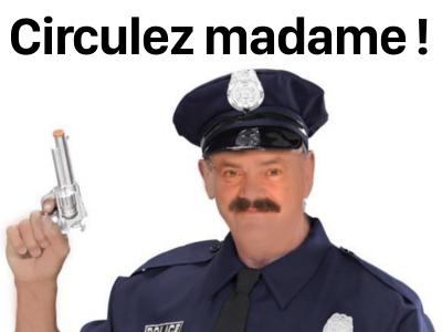 Sticker risitas gilbert police circulez madame police 2 sucres issou chankla