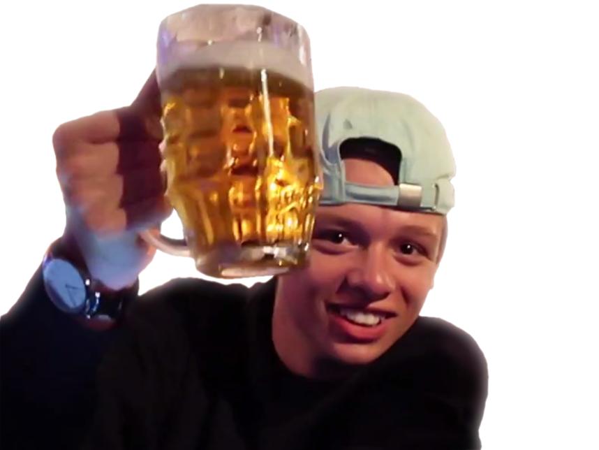 Sticker math podcast youtubeur videaste plagiat sante verre biere pinte alcool bar a la votre sourire smile casquette