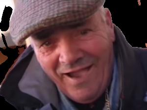Sticker risitas beret casquette rigole moqueur
