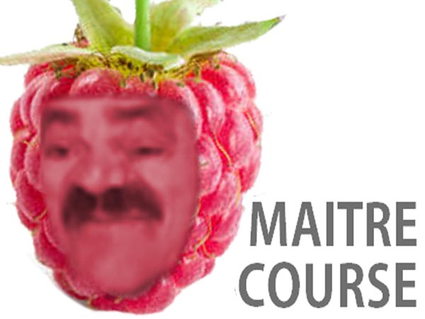 Sticker maitre course master race framboise fruit risitas deforme