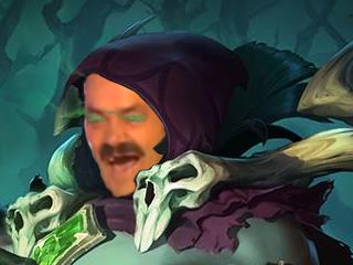 Sticker risitas league of legends lol champion vladimir vampire voleur ames sang blood rire rigole mdr malefique demoniaque mort vivant capuche tinnova
