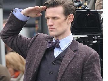 Sticker other doctor who matt smith regarde salut bras main fic huttique killerjamme