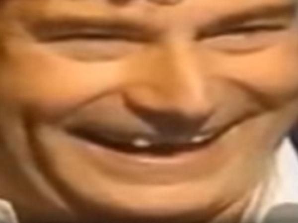 Sticker zoom sourire rire jesus risitas dents