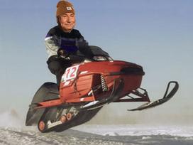 Sticker motoneige rouge scooter skidoo quebec canada froid suisse montagne hummer jesus risitas bonnet hiver saute
