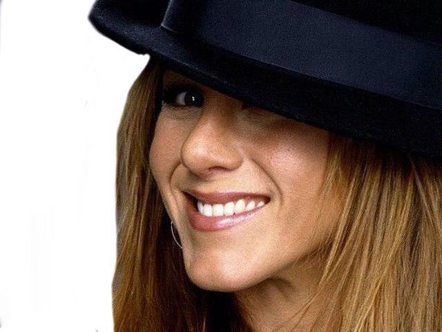Sticker risitas chapeau sourire hihi jennifer aniston belle femme