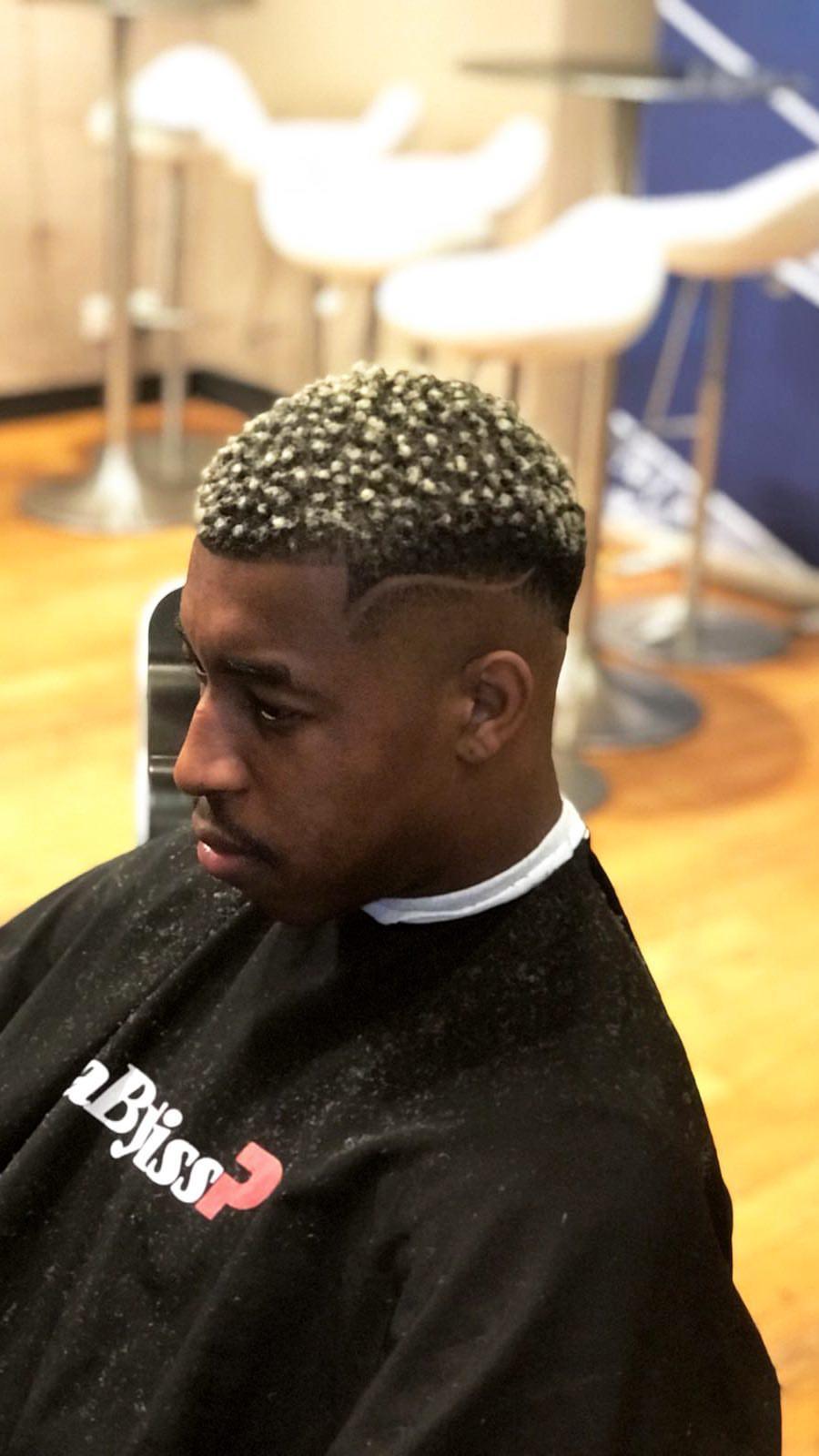 Topic nouvelle coiffure de Kimpembe pour France Italie
