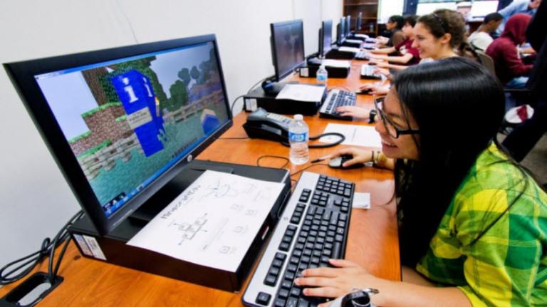 Microsoft lance Minecraft dans le domaine de l'éducation