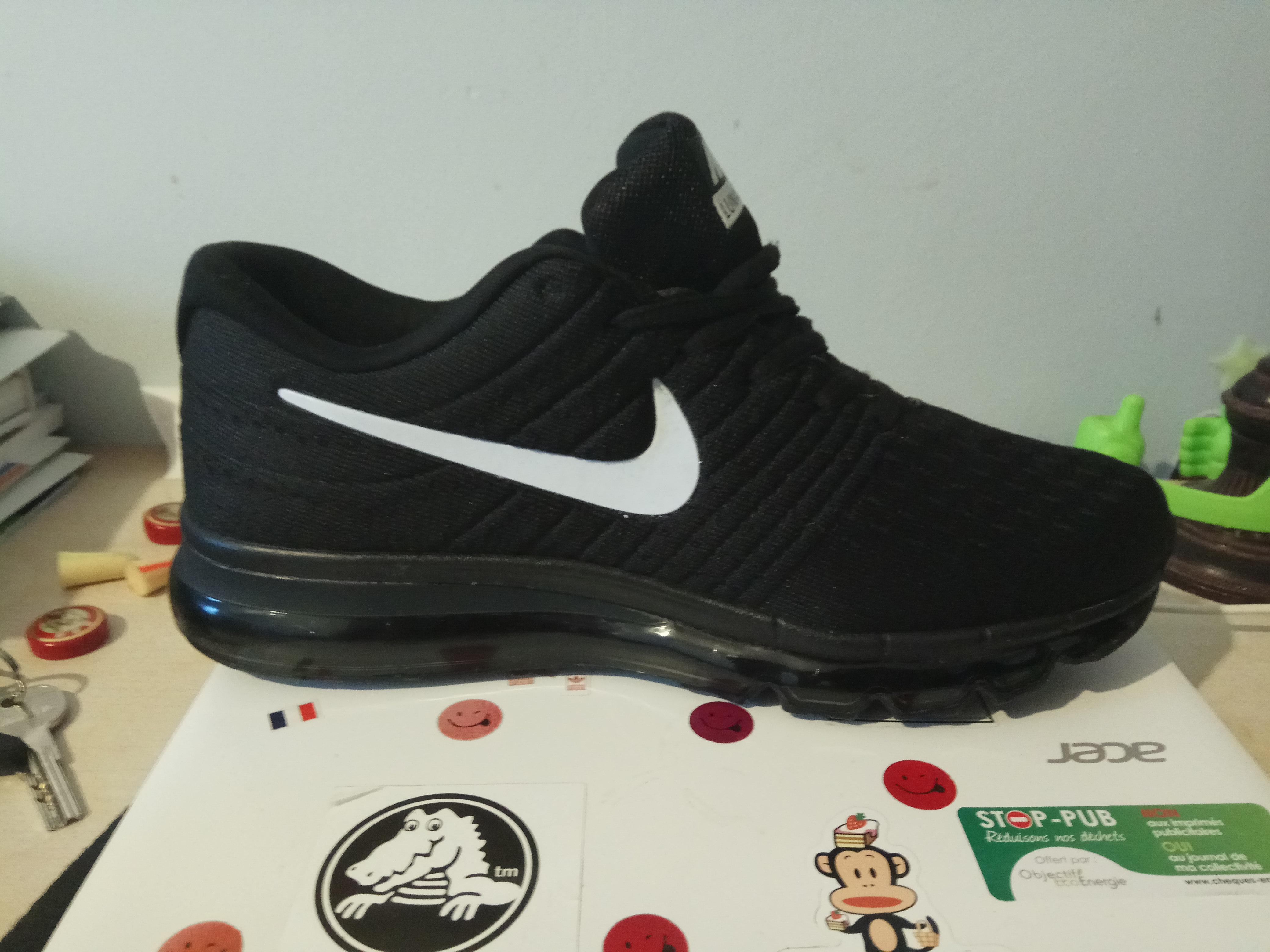 Photo] J'ai reçu mes Nike Air Max commandé 30</p>                     </div>   <!--bof Product URL --> <!--eof Product URL --> <!--bof Quantity Discounts table --> <!--eof Quantity Discounts table --> </div>                        </dd> <dt class=