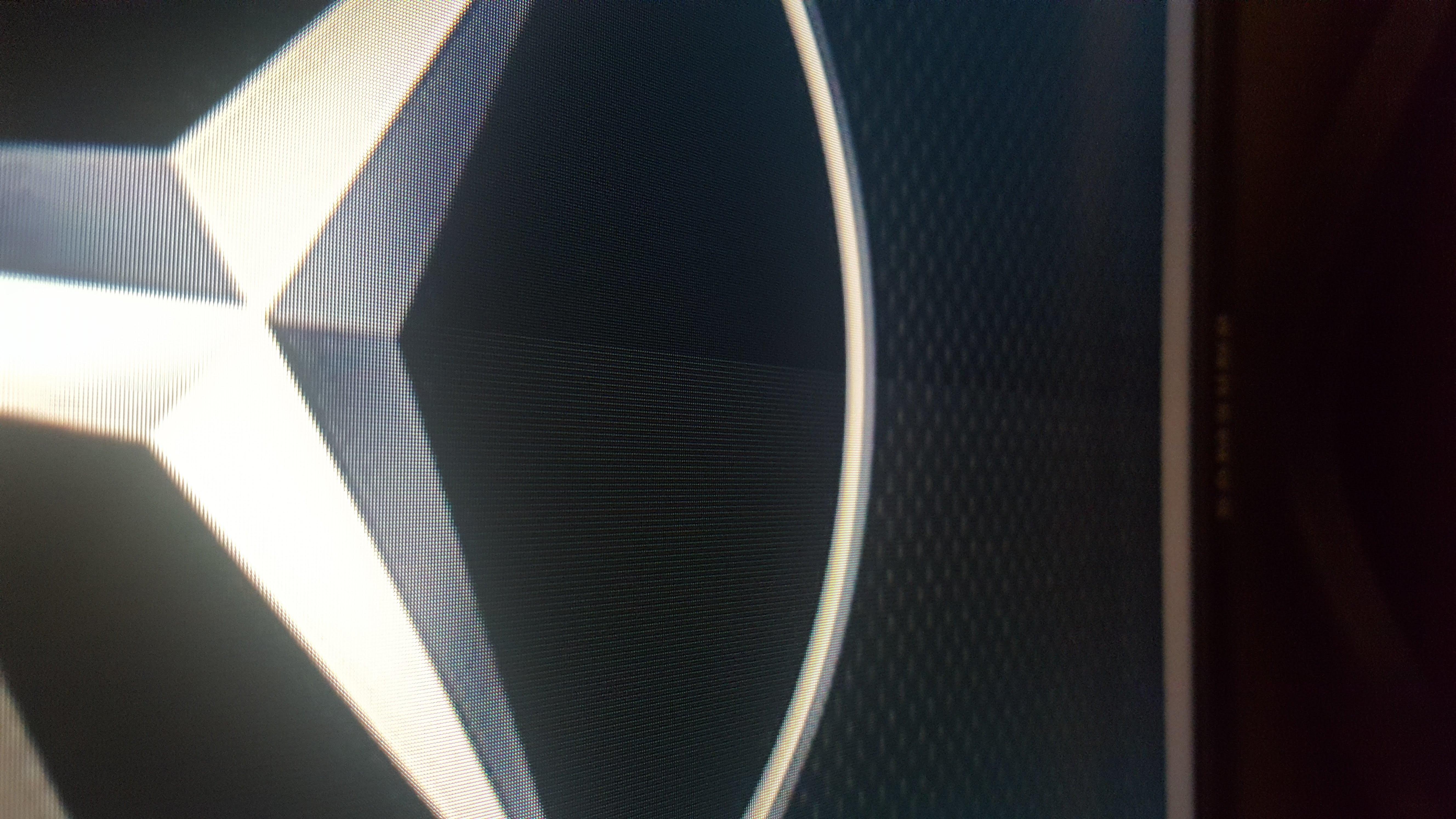 https://image.noelshack.com/fichiers/2019/43/7/1572131219-logo-mercedes.jpg