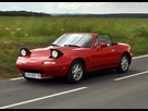 https://image.noelshack.com/fichiers/2014/10/1394089031-03586088-photo-mazda-mx-5-1-6-115-ch-vs-mx-5-20th-anniversary-1-8-mzr-126-ch.jpg