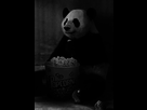 http://image.noelshack.com/fichiers/2014/29/1405772075-panda-eating-popcorn.gif