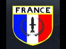 http://image.noelshack.com/fichiers/2015/30/1437845614-embleme.png