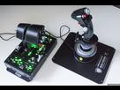 http://www.noelshack.com/2016-37-1473761486-thrustmaster-hotas-warthog-test-02.jpg