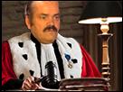 http://image.noelshack.com/fichiers/2017/28/3/1499891584-1482925361-risitas-juge-soir.png