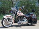 http://www.noelshack.com/2017-42-2-1508248190-1997-harley-davidson-fxsts-heritage-springer-1.jpg