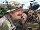 https://image.noelshack.com/minis/2017/42/6/1508579680-risitas-radio-militaire-vietnam.png