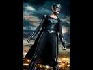 https://www.noelshack.com/2017-44-1-1509394281-reign-supergirl.jpg