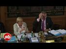 http://image.noelshack.com/fichiers/2018/12/6/1521884133-video-l-enorme-colere-de-patrick-balkany-contre-les-socialistes-en-plein-conseil-municipal.gif