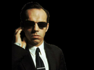 http://image.noelshack.com/fichiers/2018/16/6/1524345270-agent-smith-telephone.png