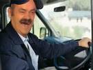 http://image.noelshack.com/fichiers/2018/19/7/1526208410-risitas-chauffeur-routier.png