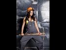 https://www.noelshack.com/2019-07-1-1549916975-beau-travailleur-sexy-avec-une-pioche-mineur-seduisant-et-beau-de-femme-sur-un-fond-en-acier-95676115-1.jpg