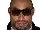 https://image.noelshack.com/fichiers/2019/08/5/1550842414-ronaldo-bg-lunettes.png