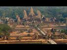 https://www.noelshack.com/2019-12-4-1553188273-an-aerial-view-of-the-angkor-wat-temple-2.jpg