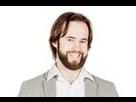 http://www.noelshack.com/2019-22-3-1559154702-portrait-bearded-man-wave-hands-450w-427629538-3.jpg