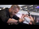 http://image.noelshack.com/fichiers/2019/25/3/1560968844-57d830bf0b69f0-95776279-macron-salon-coiffure.jpg