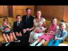 https://www.noelshack.com/2019-28-1-1562537611-rees-mogg-famille.jpg