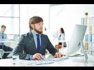 https://www.noelshack.com/2019-28-1-1562537681-58053656-jeune-homme-d-affaires-travaillant-a-son-lieu-de-travail-au-bureau.jpg
