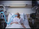 https://image.noelshack.com/fichiers/2019/28/7/1563133126-icu-shot01-root-o3-sedline-rd-rainbow-lite-patient-intubated-web.jpg