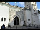 https://image.noelshack.com/fichiers/2019/29/6/1563621566-spari-fuori-da-una-moschea-in-francia.jpg