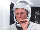https://image.noelshack.com/minis/2020/22/4/1590619375-elon-musk-astronaute.png