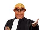 https://image.noelshack.com/fichiers/2020/31/1/1595808228-avocat-ronaldo-juge-paz.png