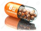 https://www.noelshack.com/2021-22-1-1622486576-63416196-la-vitamine-b12-capsule-pill-avec-cobalamine-complements-alimentaires-3d-illustration.jpg